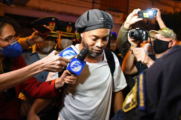 Ronaldinho freed from prison after paying $1.6million dollars 2 Sportelo