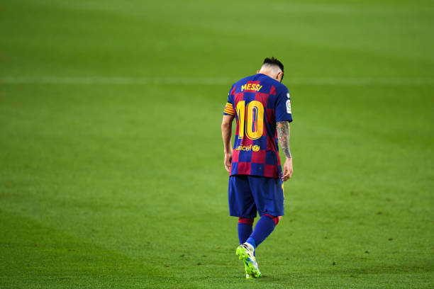 Manchester City set to complete the signing of Lionel Messi from Barcelona