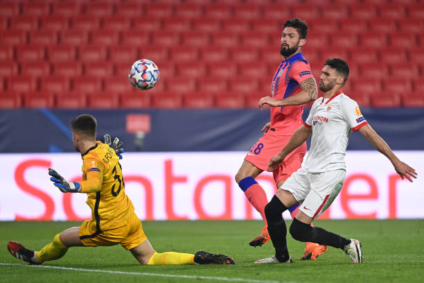 Match Report, Sevilla 0-4 Chelsea :Olivier Giroud scores four as Chelsea thump Sevilla in the Champions League. 1 Sportelo