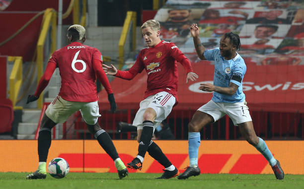 Van de Beek in action for Manchester United against Manchester City in the Carabo Cup