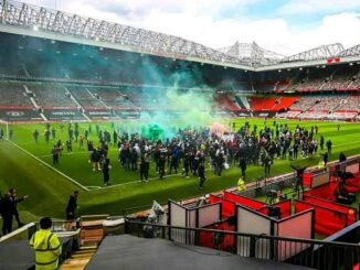 Premier League releases statement as Man United vs Liverpool postponed after fans protest 5 Sportelo