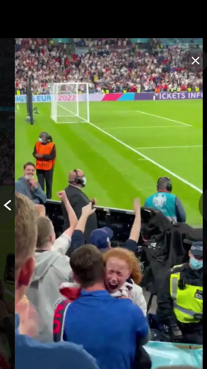Watch what Mason Mount was spotted doing after England victory over Denmark that made a fan cry 7 Sportelo